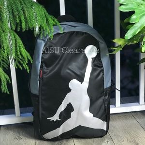 949fa460db6 NWT Converse Ctas HI Star Repeat 5 Black W AUTHENT NWT Nike ISO Back Backpack  grey-black AUTHENTIC ...